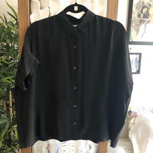 Everlane silk short sleeve square shirt